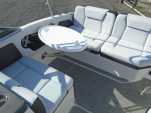 2019 Bryant boat for sale, model of the boat is Calandra For Sale - BRY135 & Image # 8 of 11