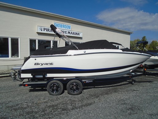 2019 Bryant boat for sale, model of the boat is Calandra For Sale - BRY135 & Image # 2 of 11