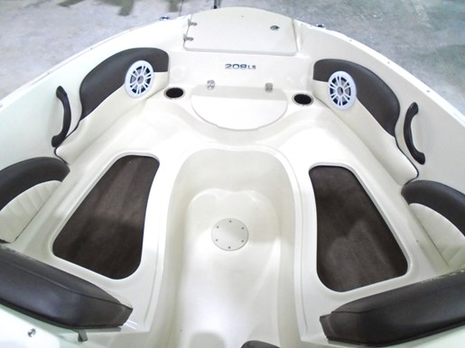 2019 Stingray boat for sale, model of the boat is 208LS For Sale - STR110 & Image # 3 of 7