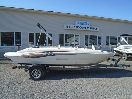 2019 Stingray boat for sale, model of the boat is 182 SC w/ Fishing Package For Sale- STR111 & Image # 1 of 6