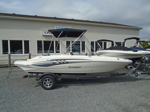 For Sale: 2019 Stingray 182 Sc Blue Graphics For Sale - Str112 19ft<br/>Pirate Cove Marina