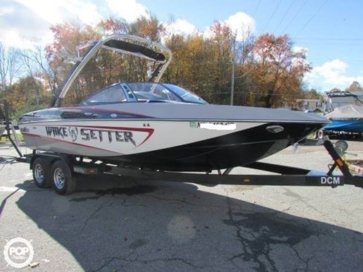 2012 Malibu Wakesetter VLX Photo 2 of 11