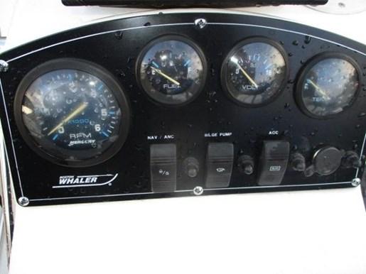 2000 Boston Whaler Dauntless 14 Photo 7 of 17