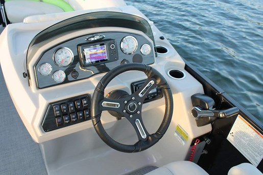 2018 Starcraft boat for sale, model of the boat is SLS-3 & Image # 3 of 4