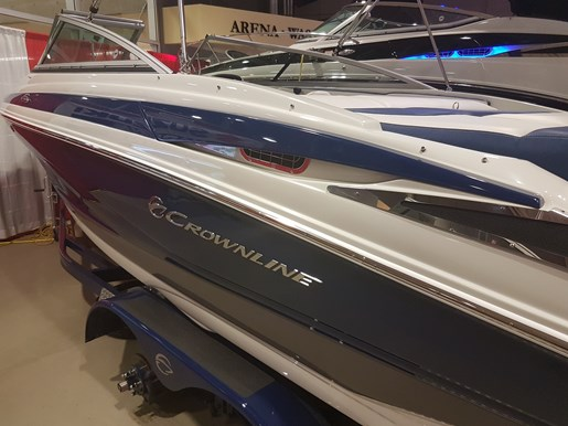 2019 Crownline 215 SS Photo 2 of 36