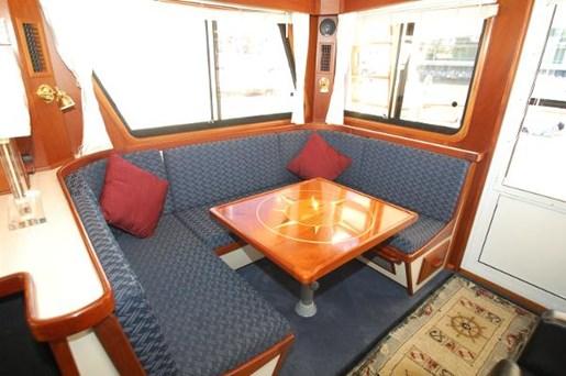 2007 Kenner boat for sale, model of the boat is Suwanee Flybridge Cruiser & Image # 5 of 17