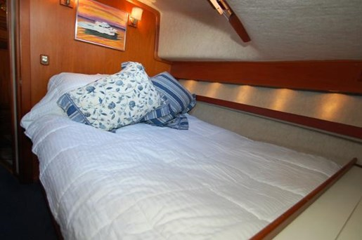 2007 Kenner boat for sale, model of the boat is Suwanee Flybridge Cruiser & Image # 12 of 17