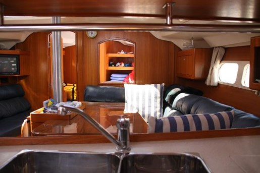 2002 Hunter boat for sale, model of the boat is 410 & Image # 11 of 19