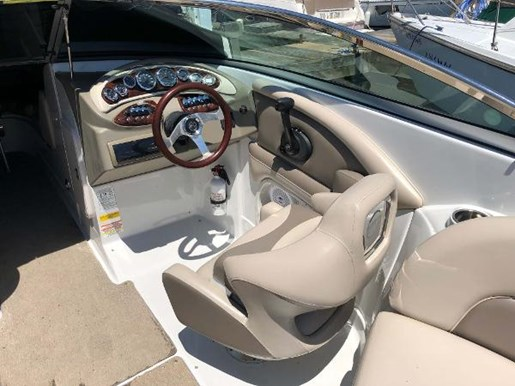 2013 Crownline boat for sale, model of the boat is Eclipse E6 & Image # 7 of 8