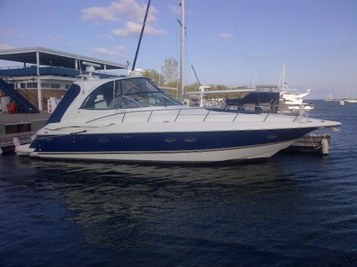 2004 Cruisers Yachts boat for sale, model of the boat is 440 Express & Image # 2 of 16