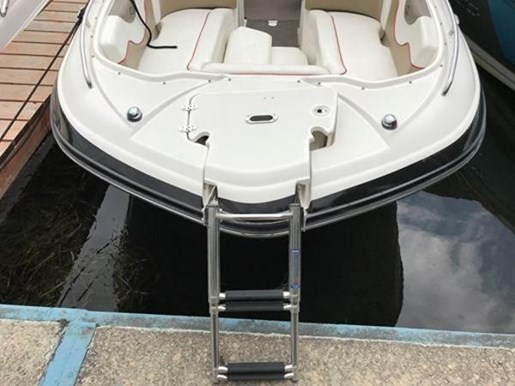 2009 Rinker boat for sale, model of the boat is 248 Deckboat with Tower & Image # 2 of 5