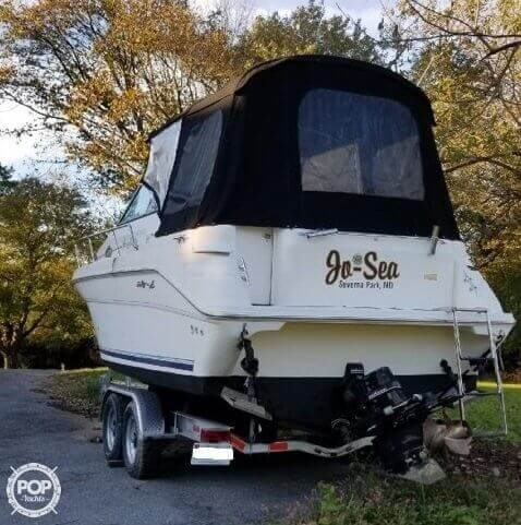 1999 Sea Ray 270 Sundancer Special Edition Photo 3 of 20