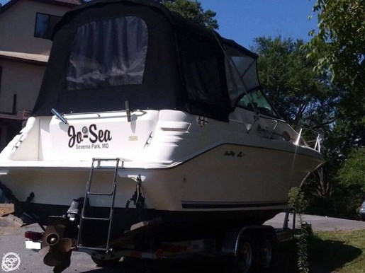 1999 Sea Ray 270 Sundancer Special Edition Photo 4 of 20