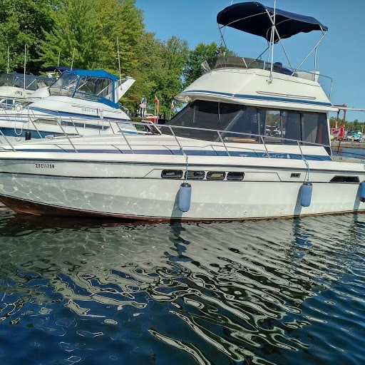 Chris-Craft Commander 332 1986 Used Boat for Sale in Portland, Ontario -  BoatDealers ca