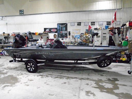 2019 Lund boat for sale, model of the boat is 1875 Renegade For Sale - LF764 & Image # 1 of 4