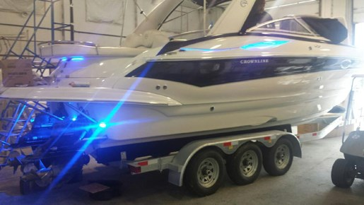 2006 Crownline boat for sale, model of the boat is 320 LS & Image # 5 of 14