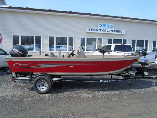 2005 TRITON DV168 for sale