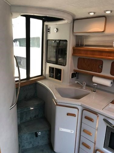 1990 Sea Ray boat for sale, model of the boat is 420/440 Sundancer & Image # 10 of 17