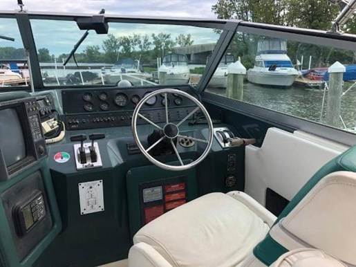 1990 Sea Ray boat for sale, model of the boat is 420/440 Sundancer & Image # 12 of 17