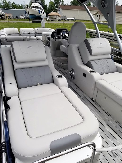 2017 Avalon boat for sale, model of the boat is 2785 For Sale - Brokerage & Image # 4 of 11