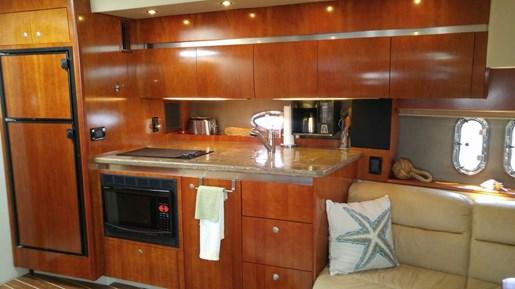 2008 Cruisers Yachts boat for sale, model of the boat is 420 Express & Image # 7 of 8