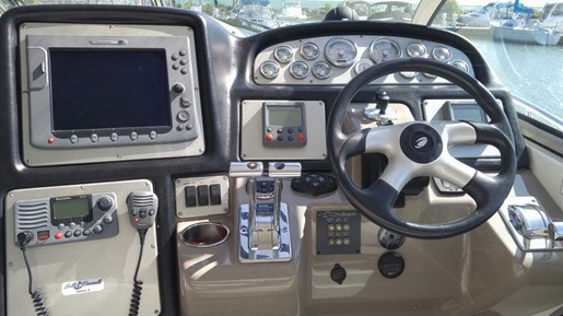 2008 Cruisers Yachts boat for sale, model of the boat is 420 Express & Image # 3 of 8