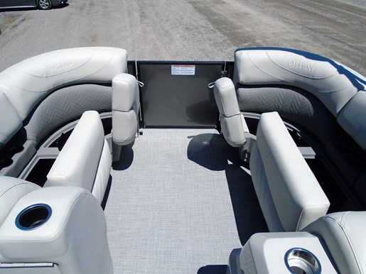 2019 Sylvan boat for sale, model of the boat is 8522 Mirage DLZ Bar LES - For Sale - SYLP097 & Image # 3 of 11