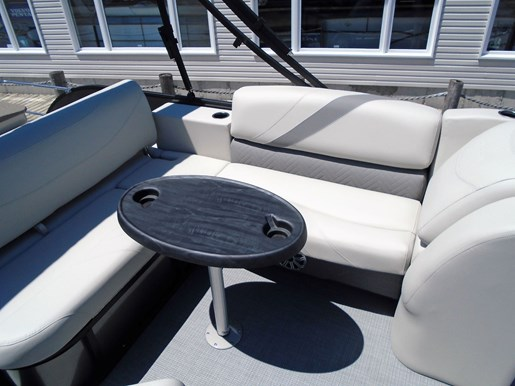 2019 Sylvan boat for sale, model of the boat is 8522 Mirage DLZ Bar LES - For Sale - SYLP097 & Image # 6 of 11