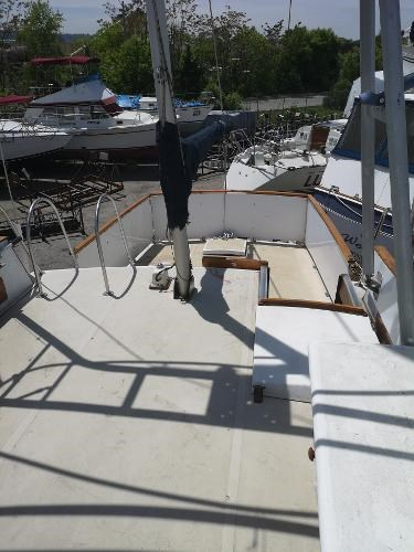 1973 Bristol boat for sale, model of the boat is 42 Trawler & Image # 9 of 10