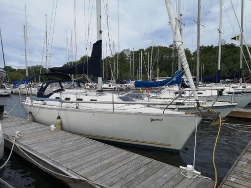 1986 CS Yachts boat for sale, model of the boat is 30 & Image # 1 of 4