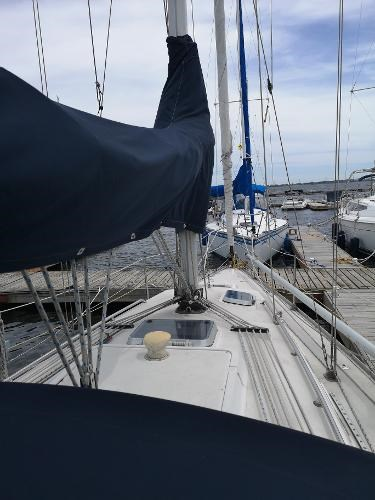 1986 CS Yachts boat for sale, model of the boat is 30 & Image # 4 of 4