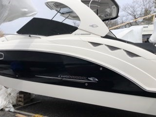 2011 Chaparral boat for sale, model of the boat is 310 Signature MC & Image # 3 of 11