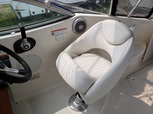 2008 Bayliner boat for sale, model of the boat is 265 MC & Image # 2 of 3