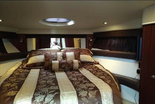 2012 Meridian boat for sale, model of the boat is 391 Sedan & Image # 12 of 14
