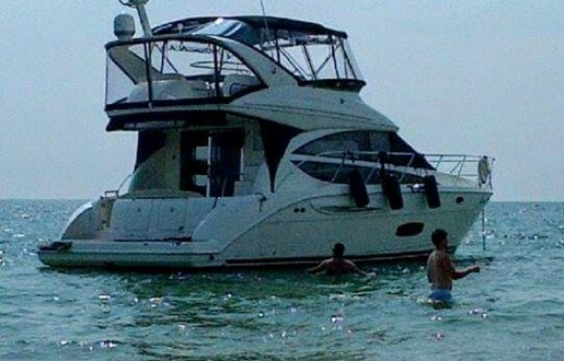 2012 Meridian boat for sale, model of the boat is 391 Sedan & Image # 3 of 14