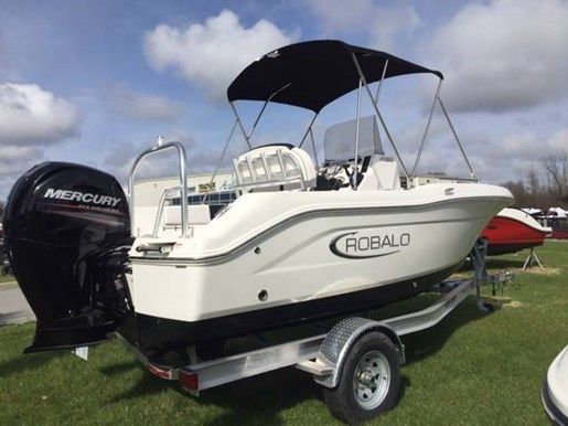 For Sale: 2019 Robalo R180 18ft<br/>Pride Marine - Ottawa