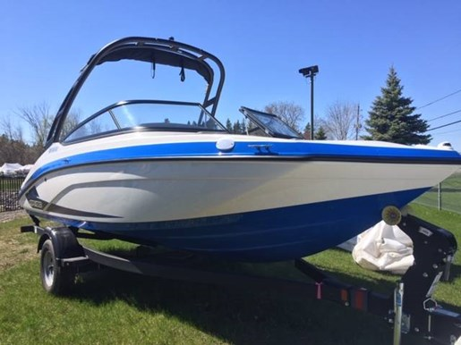 For Sale: 2019 Yamaha Ar190 19ft<br/>Pride Marine - Ottawa
