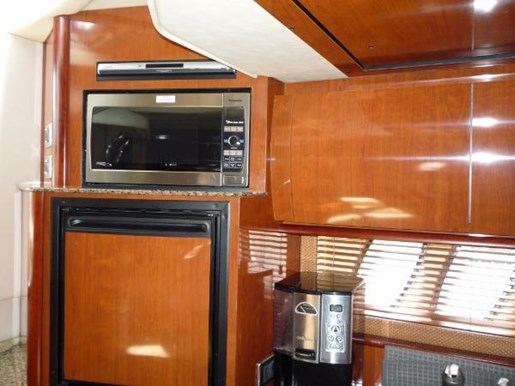 2006 Sea Ray boat for sale, model of the boat is 38 Sundancer & Image # 8 of 16
