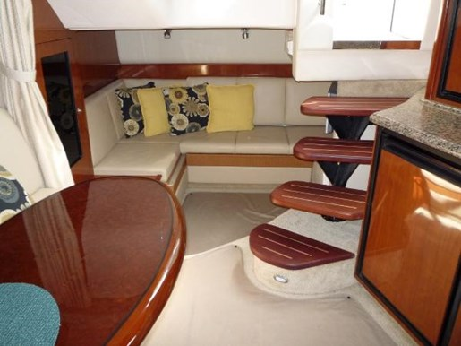 2006 Sea Ray boat for sale, model of the boat is 38 Sundancer & Image # 9 of 16