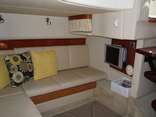 2006 Sea Ray boat for sale, model of the boat is 38 Sundancer & Image # 10 of 16