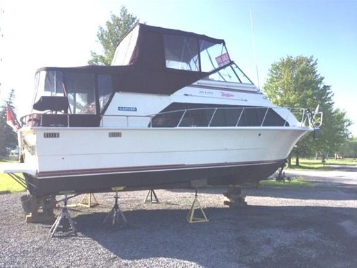 1979 Carver boat for sale, model of the boat is Mariner 3396 & Image # 2 of 19