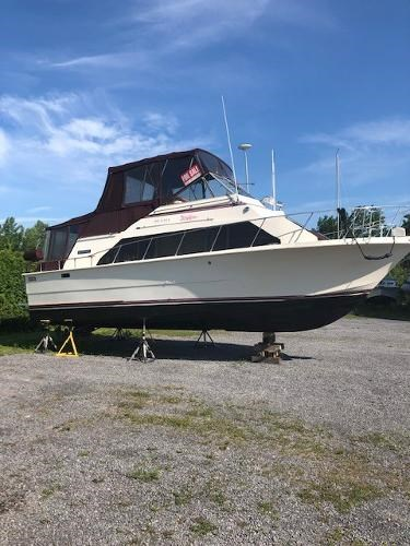 1979 Carver boat for sale, model of the boat is Mariner 3396 & Image # 3 of 19