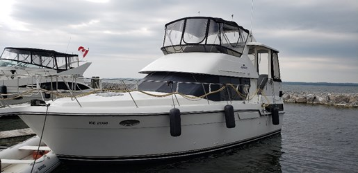 1991 Carver 33 Aft For Sale