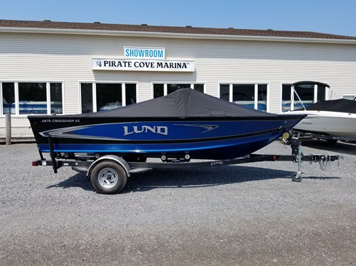 2020 Lund boat for sale, model of the boat is 1875 Crossover XS – For Sale - LF821 & Image # 8 of 8