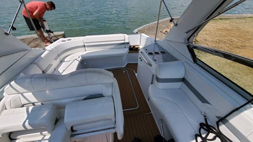 2008 Formula boat for sale, model of the boat is 280 Bow Rider & Image # 6 of 7