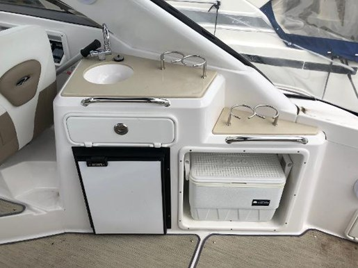 2016 Regal boat for sale, model of the boat is 30 Express & Image # 11 of 13