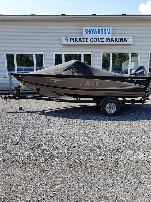 2020 Lund boat for sale, model of the boat is 1775 Crossover XS - For Sale - LF820 & Image # 9 of 9