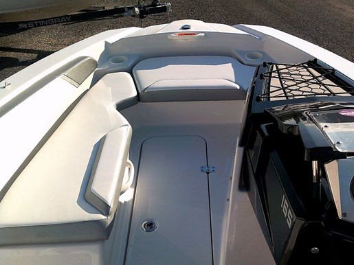 2018 Scarab boat for sale, model of the boat is 165 G Jet Boat - For Sale – US595 & Image # 2 of 7