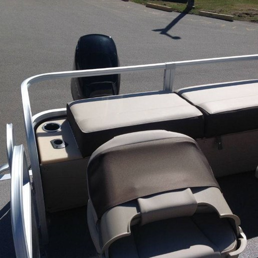 2018 Tracker Boats boat for sale, model of the boat is SPORTFISH 22 & Image # 2 of 5