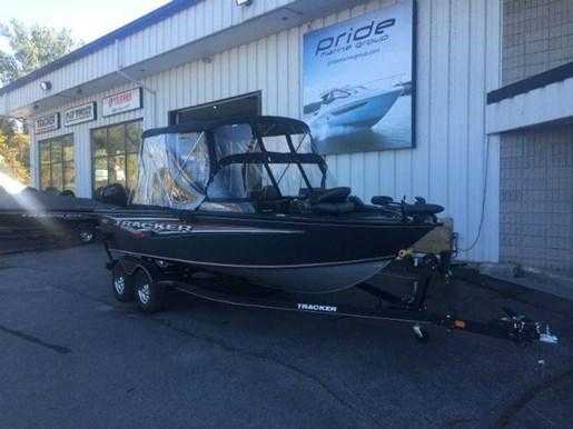 2019 Tracker Boats boat for sale, model of the boat is TARGA V 18 COMBO & Image # 2 of 14